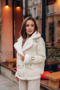 Michael Kors Women's Tiffany Rose Gold Tone Stainless Steel Watch – The Fashion Mart Girl Sleeves, Sheepskin Coat, Winter Looks, Faux Leather Jackets, Autumn Winter Fashion, Winter Outfits, Jackets For Women, Unisex, Shoes