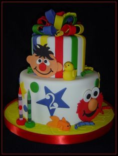 #KatieSheaDesign ?? ?  A #SeasameStreet Cake