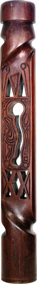 Paulo Laender - TOTEM I - escultura em madeira (roxinho) - data 1983 - Dim diam 35 x 240 cms