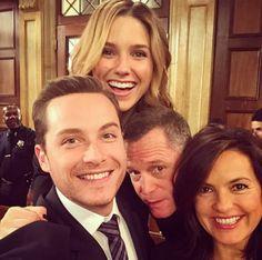 Sophia, Jesse, Jason, and Mariska - on set; smile