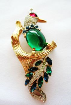 "Trifari ""Jelly Belly"" Bird Brooch from lizawilliamscollections on Ruby Lane.."