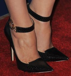 Shoe Spotting at the Hollywood Foreign Press Association Luncheon