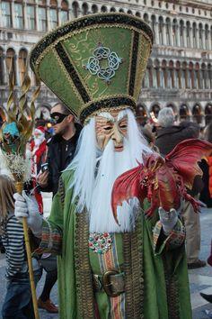 Venice Carnival Mardi Gras Carnival, Venetian Carnival Masks, Carnival Of Venice, Venetian Masquerade, Masquerade Ball, Carnival Costumes, Mardi Gras Costumes, Venice Carnivale, Costume Venitien