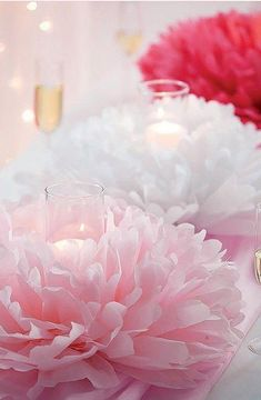 Fantastic diy flowers info are offered on our internet site. Have a look and you wont be sorry you did. Paper Flower Centerpieces, Tissue Paper Flowers, Paper Poms, Shower Centerpieces, Crepe Paper, Pot Mason Diy, Mason Jar Crafts, Flower Crafts, Diy Flowers