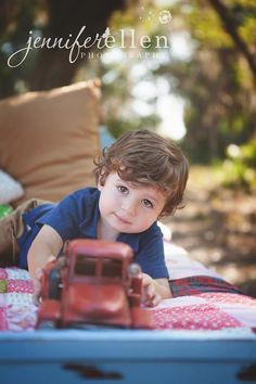 """LearnShootInspire.com """"one a day"""" by Jennifer Ellen Photography on Facebook! #child #photography"""
