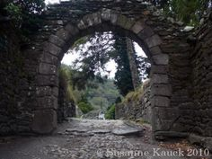 Black Castle Wicklow, Glendalough Black Castle, Abandoned, Scotland, Ireland, Arch, Outdoor Structures, Glasses, World, Garden