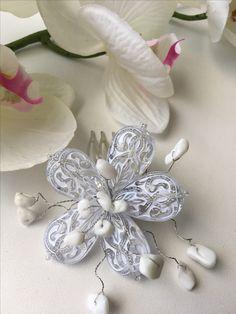 Гребешок-цветок с каменной крошкой