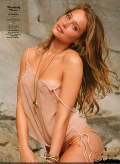 nude si models Ashley Graham Photos, Nude, Modeling, Swimsuit, Old, Skinny.