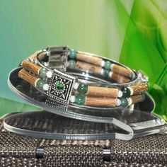 Birthstone Collection – August model with PERIDOT colour beads. More details at http://www.purehazelwood.com/en/member-section/hazelwood-products-birthstones/ce-birthstone-august