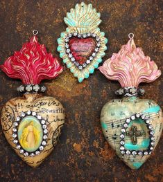 Couldn't wait to start playing with the @relicsandartifacts I picked up from @sandraevertson on Thursday in Tucson. I am in love with these!!! These are are created with beeswax and some vintage elements.. Love,love,,love. #vintagebliss #sacredheart #exvoto #primamarketing