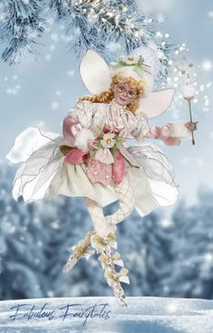 Glass Christmas Baubles, Christmas Jars, Christmas Ornament Sets, Mark Roberts Fairies, Beautiful Christmas Decorations, Doll Display, Ornaments Design, Fairy Dolls, Vintage Holiday