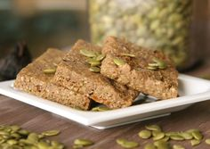 Fig & Pumpkin Seed Snack Bars (gluten free and vegan)