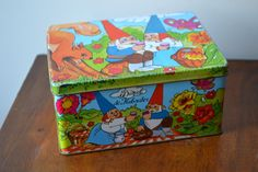Vintage cookie tin with gnomes by Rien by JCHiddenTreasures