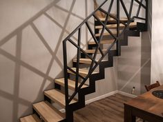 Interior Stair Railing, Balcony Railing Design, Iron Stair Railing, Staircase Railings, Staircase Design, Building Stairs, Building A House, Tv Wall Design, House Design