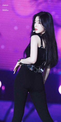 Irene-Redvelvet 180707 SBS Super Concert in TaipeiReject the Binary (Search results for: velvet)screenshot gallery of hottest popular celebrities Seulgi, Kpop Girl Groups, Korean Girl Groups, Kpop Girls, Red Velvet アイリーン, Red Velvet Irene, Chica Cool, Stage Outfits, Kpop Outfits