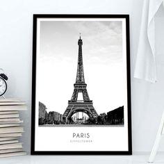 Tο σήμα κατατεθέν της πόλης του Παρισιού, ο πύργος του Άιφελ σε ασπρόμαυρη φωτογραφία με περιγραφή, σε poster.  #cityposter #mapposter #Pariscity #πόλητουΠαρισιού #Aiffeltowerposter #Paris #ΠύργοςτουΆιφελ