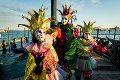 Lo mejor de los #carnavales de #Brasil y #Venecia