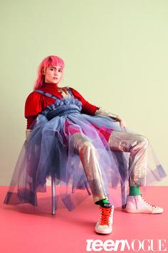Mega babe Grimes wears NEWGEN designer Molly Goddard in this month's TeenVogue! We're obsessed. #TopshopNEWGEN