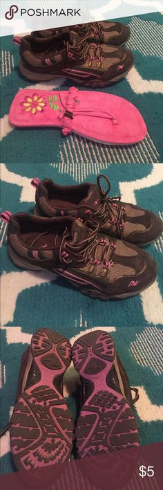 Sneakers & NWT Flip Flops - Size 8 ***ONLY $5*** Both for $5. The pink ones are new, never worn. The sneakers are very worn but hey, 2 pairs for $5! Bundle to save!! Thanks bunches 😀💜 Shoes