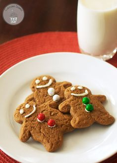Gingerbread Cookies   Gingerbread Magic Cookies ~ a Christmas version of the classic you'll go crazy for!  https://www.pinterest.com/pin/56787645279929684/