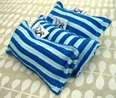Flannel Mini Kitty Nip Kicker Catnip Cat Toy in Blue by Sugarboys