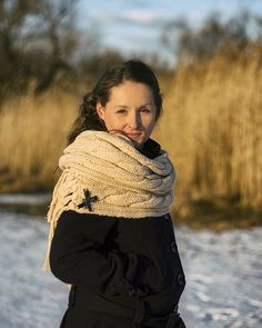 beautiful womab portrait  #woman #portrait #postthepeople #portraitpage #ftwotw #bratislava #insta_svk #winter #portraitmood #makeportraits #bravogreatphoto #photooftheday #jj_forum_1795
