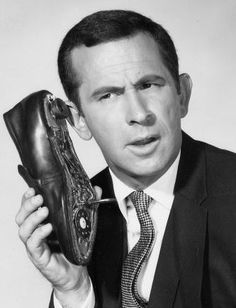Don Adams Get Smart TV show I remember saying.Sure you can get phone calls on something with no wires thats not attached to the wall? - Smart TV - Ideas of Smart TV Easy Listening, Don Adams, Tv Vintage, Vintage Phones, Vintage Movies, Vintage Stuff, Vintage Clothing, Vintage Items, Vintage Fashion