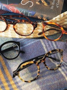 021a750d9bc5 Bold Classic Frame in Light Tortoise with Black Temples Penny Lane