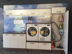 Frente para mi lavadero: Escobero+secadora y lavadora en alto+mueble fregadero