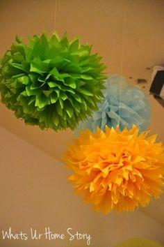 Tissue paper pom poms - the perfect fix me upper Spring decor www.whatsurhomestory.com