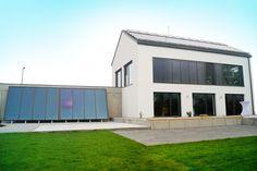 Nutzung Solarenergie : Moderne Wohnzimmer von Karl Bachl GmbH & Co. KG