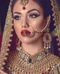 Indian wedding makeup, bridal dulhan makeup, pakistani bridal makeup red, b Pakistani Bridal Makeup, Indian Wedding Makeup, Indian Makeup, Indian Wedding Jewelry, Desi Wedding, Indian Beauty, Arabic Makeup, Indian Bridal Hair, Bride Indian