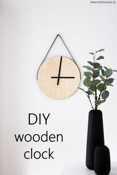 Holzuhr aus IKEA Frosta Hocker