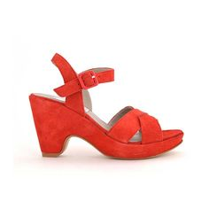 Cuña con plataforma en ante rojo coral http://www.suelashoes.com/index.php?id_product=34&controller=product