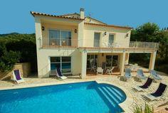 Villa Aigua - Catalonië, Costa Brava, Spanje - Luxe villa met privé zwembad voor 6 personen - mail@xclusivevillas.com of bel: 0031 (0)85 401 0902