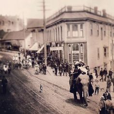 Check out this awesome old photo of downtown #Nanaimo. Recognize that street corner?