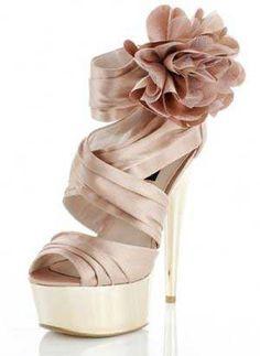 Platform Shoe | Pink corsage high heel platform shoes from River Island Shoeperwoman