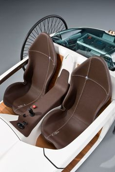 Mercedes-Benz F Cell Interior
