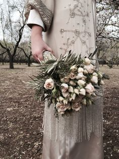 #ramo de #novia #vintage de #rosas nude, #olivo y #romero en flor
