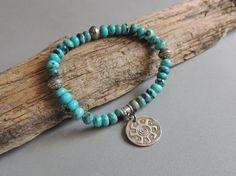 Turquoise Stretch Bracelet Kingman Turquoise by DianesAddiction