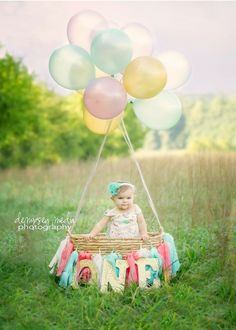 Birthday photography ideas 1 year Ideas for 2020 Birthday Girl Pictures, Baby Girl 1st Birthday, First Birthday Photos, First Birthday Parties, Birthday Ideas, 1st Birthday Presents, Birthday Quotes, Birthday Cake, Bebe 1 An