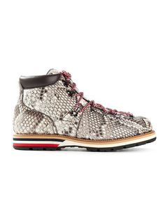 Shop Moncler 'Matterhorn' hiking boots in Elite from the world's best independent boutiques at farfetch.com. Over 1000 designers from 60 boutiques in one website.