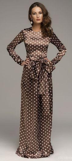 Brown and white polka dot dress Trendy Dresses, Nice Dresses, Dot Dress, Dress Up, Dots Fashion, Feather Dress, Satin Dresses, Dress Patterns, Dress To Impress