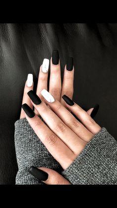 43 Cute Black Nail Art Designs The post 43 Cute Black Nail Art Designs & Nails appeared first on Nail designs . Cute Black Nails, Pretty Nails, Black Nail Art, Black Marble Nails, Black White Nails, Cute Simple Nails, White Marble, Black Nails Short, Cute Short Nails