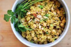 Al eerder schreven we dat 2013 het jaar van de quinoa is, en dat vieren we met een heerlijk recept van lezeres Dayanne. Wel de quinoa gaar in 500 ml. kokend water totdat het water volledig verdampt is. Snijd ondertussen de groenten in kleine stukjes. Spoel de bonen in een zeef af met water en […]