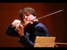 ▶ Violinist Joshua Bell turns train station into concert hall - YouTube