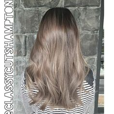 """""""Next we have a refreshed smokey dark ash blonde for our lovely client Shirley! No bleach was used! Gorgeous styled Using @cloudnineoz waving wand …"""":"""
