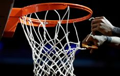 Getting Ready to Bet March Madness 2021 5 Selection Sunday, The Selection, Bbc World News, The Sporting Life, 2018 Winter Olympics, Usa Sports, Ncaa Tournament, Cnn News, Basket Ball