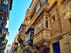 Cuando el tiempo se detiene | When time stops  Callejeando  por Valetta Malta #nature #photography