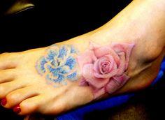 Foot Tattoo: 75 Elegant Foot Tattoos and Designs You Must See Dna Tattoo, Tattoo Motive, Back Tattoo, Tattoo You, Small Hand Tattoos, Foot Tattoos, Sexy Tattoos, Cute Tattoos, Beautiful Tattoos